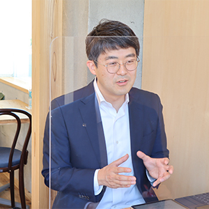 岡田圭祐さん 代表取締役社長